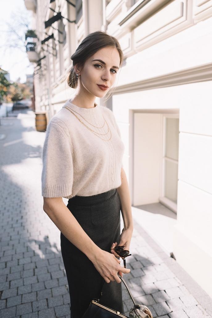 szara spódnica ołówkowa Karolina Maras