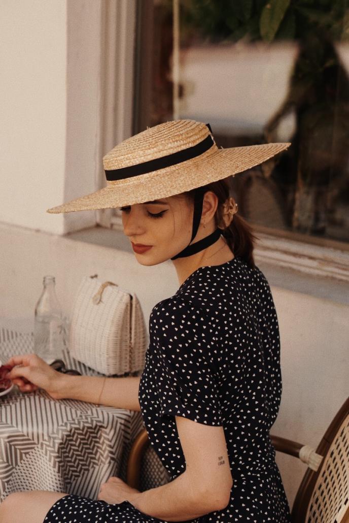 kapelusz z kokardą retro